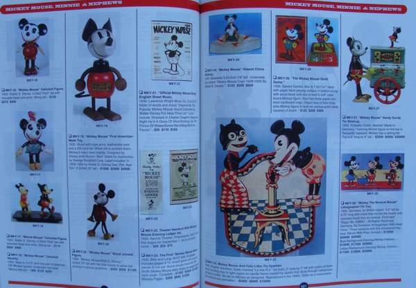 livre the official price guide to disney collectibles. Black Bedroom Furniture Sets. Home Design Ideas
